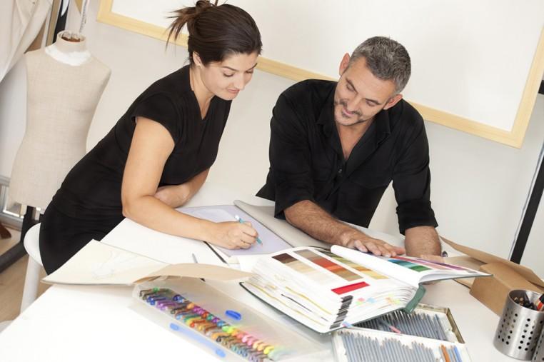 chef de produit conseil national du cuir. Black Bedroom Furniture Sets. Home Design Ideas