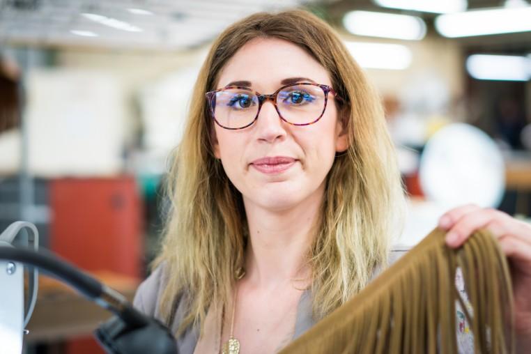 Laetitia Chesnel, maquettiste chez Maison Boinet.