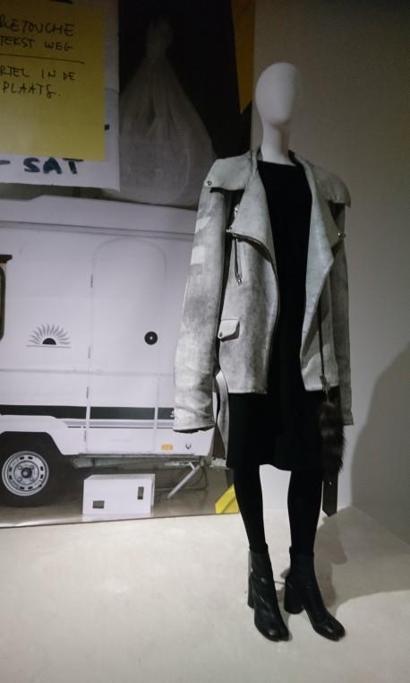 Perfecto oversize en cuir vieilli artificiellement. Hermès Automne Hiver 2000-2001