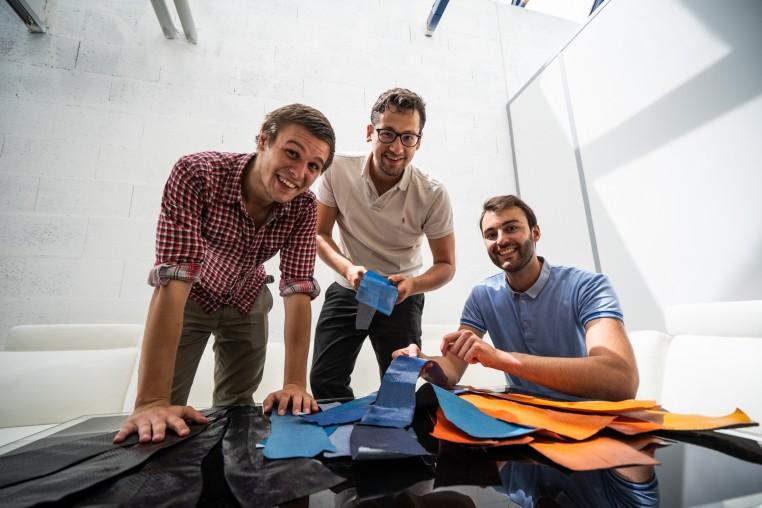 Trois ingénieurs à la tête d'Ictyos Cuir Marin de France.