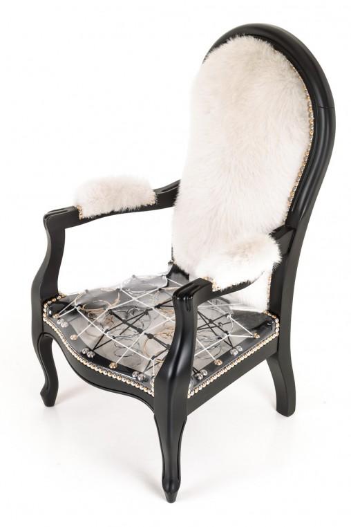 Fabien Sieffert réveille le fauteuil de style.
