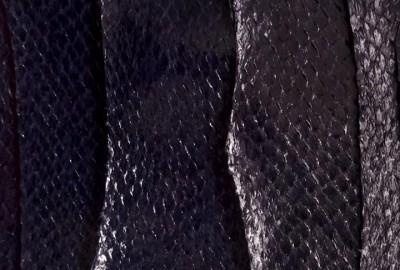 Ictyos revalorise les peaux de poisson en cuirs marins